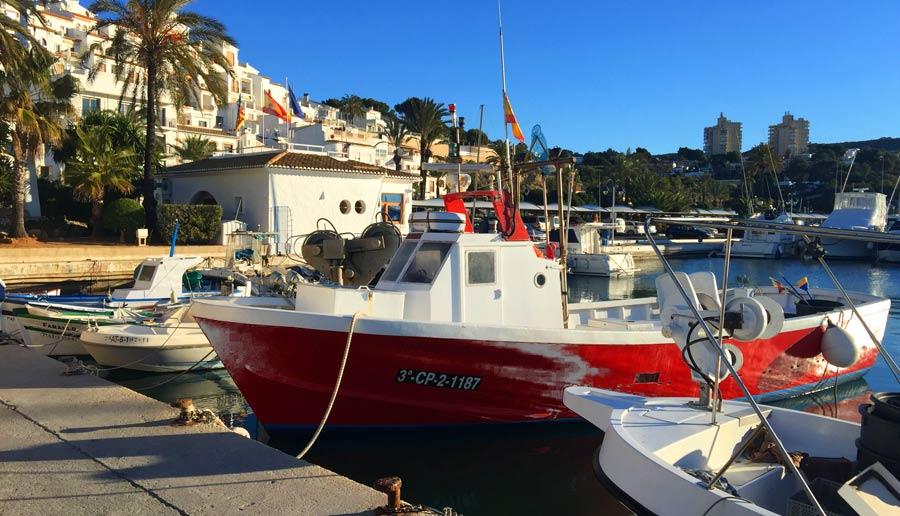 Puerto pesquero de Moraira